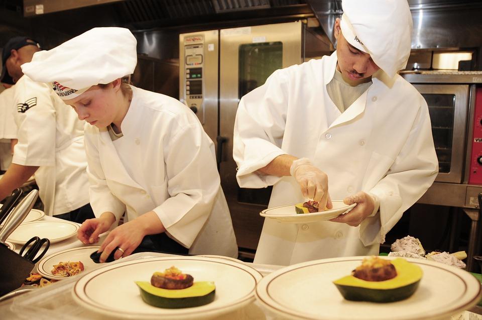 Zo kies je het juiste bedrijf voor een kookworkshop