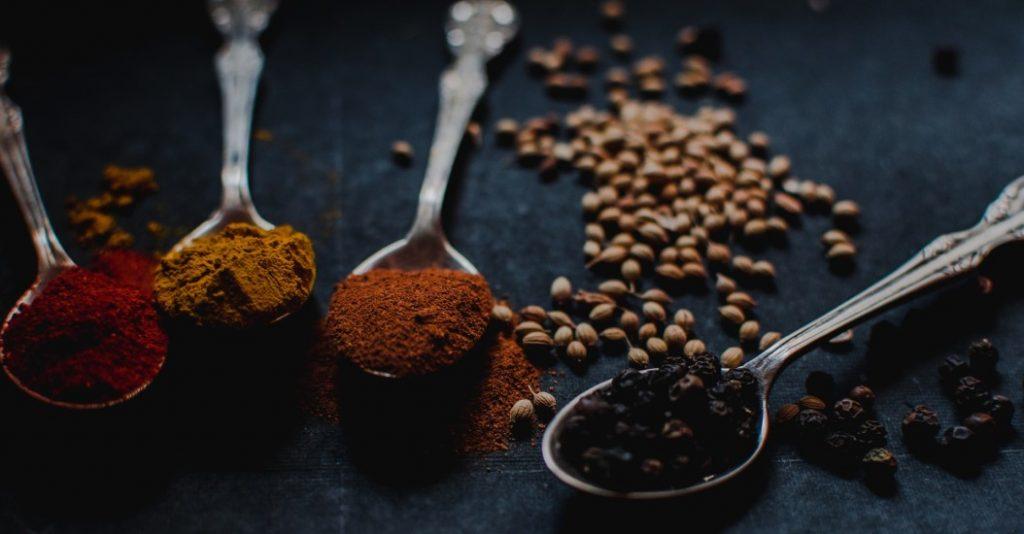 Het belang van koken met de juiste kruiden en specerijen